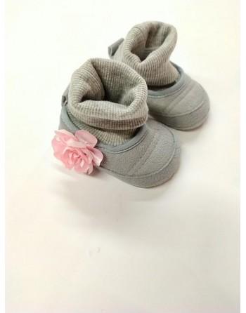 Cappello e babbucce lana 0-3 mesi